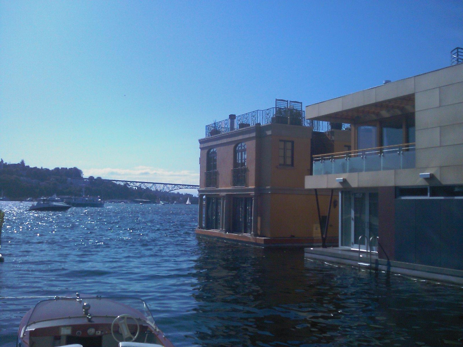 Lake union floating homes seattle floating homes - Floating house seattle ...